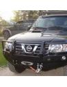 Predný pevnostný nárazník Nissan Patrol Y61