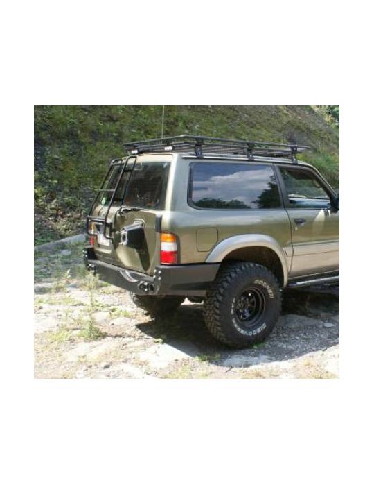 Zadný pevnostný nárazník Nissan Patrol Y61